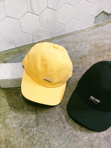 ウェイプ、帽子