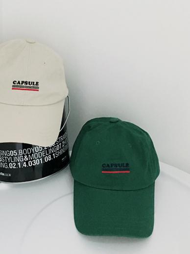 カプセル、帽子