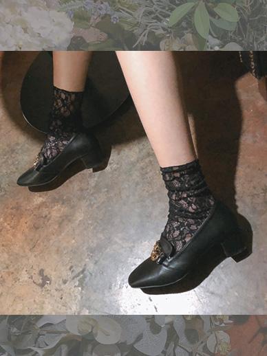 フラワーレイス、靴下